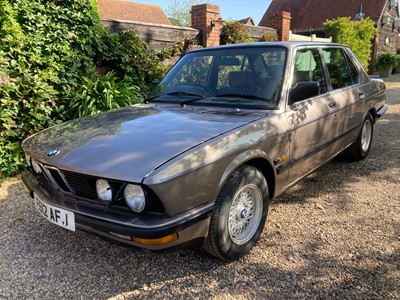 Lot 355-1988 BMW 525e Lux Automatic