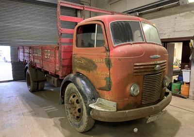 Lot 350-1949 Commer