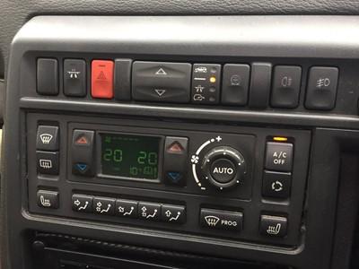 Lot 355 - 1998 Range Rover 4.0 SE