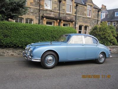 Lot 310 - 1966 Daimler V8-250