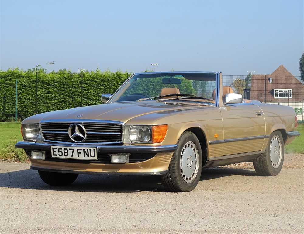 Lot 1987 Mercedes-Benz 300 SL