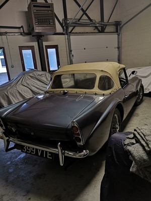 Lot 343 - 1961 Daimler SP250 Dart