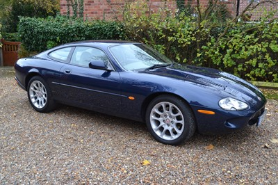 Lot 329 - 1999 Jaguar XKR Coupe