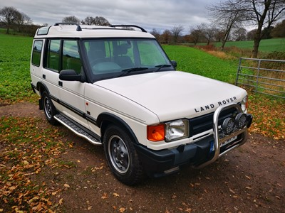 Lot 307 - 1997 Land Rover Discovery V8 ES