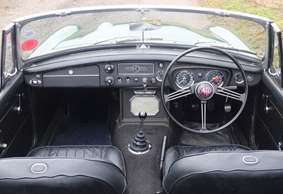 Lot 9 - 1969 MG C Roadster