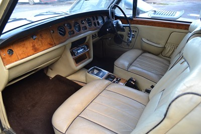 Lot 46 - 1974 Rolls-Royce Corniche Convertible