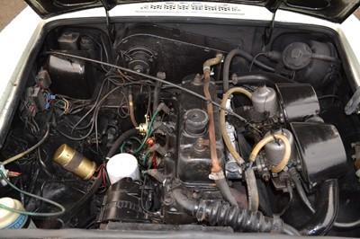 Lot 31 - 1974 MG B GT