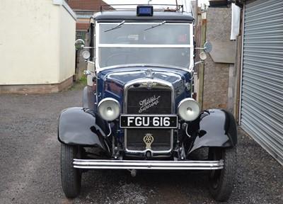 Lot 230 - 1938 Morris Super Six 'G2SW' Taxi