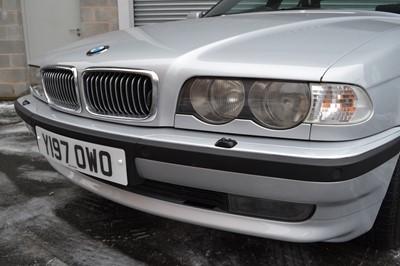 Lot 2001 BMW 735i Sport