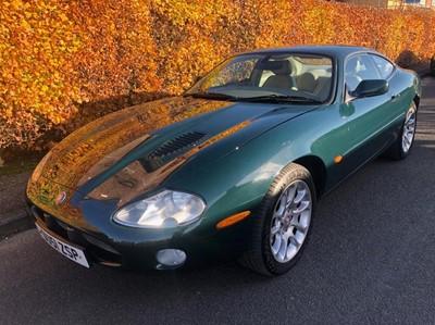 Lot 2001 Jaguar XKR Coupe