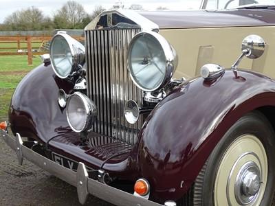 Lot 1939 Rolls-Royce Wraith Limousine
