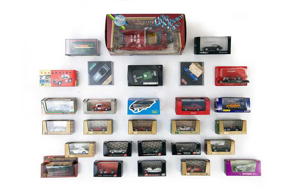 Lot 50 - Quantity of Boxed Models