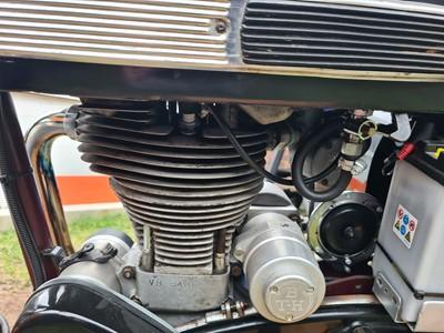 Lot 1960 Velocette Viper