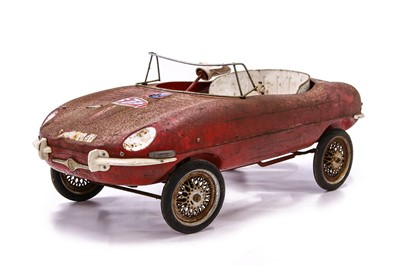 Lot 86 - Jaguar E-type Pedal Car by Triang