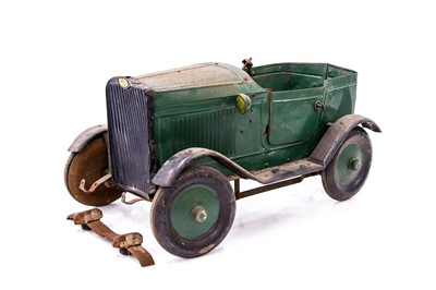 Lot 90 - Childs Vintage Pedal Car for Restoration