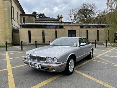 Lot 50 - 2002 Jaguar XJ8 3.2