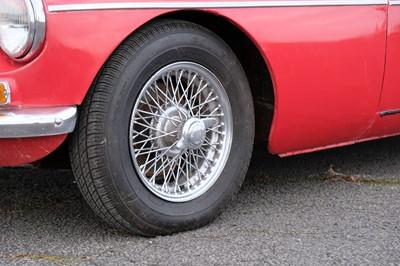 Lot 1965 MG B Roadster