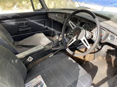 Lot 327 - 1973 MG B Roadster
