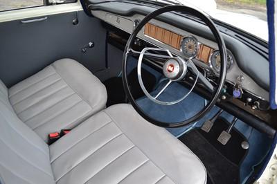 Lot 344 - 1971 Morris Oxford Series VI