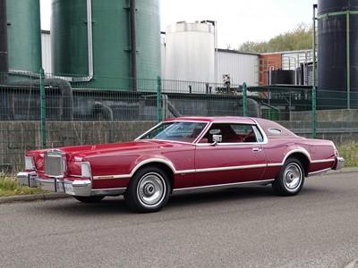 Lot 83 - 1975 Lincoln Continental MKIV Versailles Edition