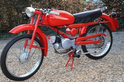 Lot 21 - 1958 Moto Guzzi Cardelino Lusso