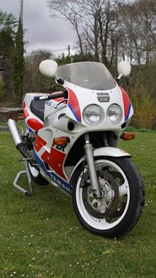 Lot 205 - 1989 Yamaha FZR1000REXUP