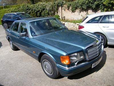 Lot 355 - 1989 Mercedes 300 SE Auto