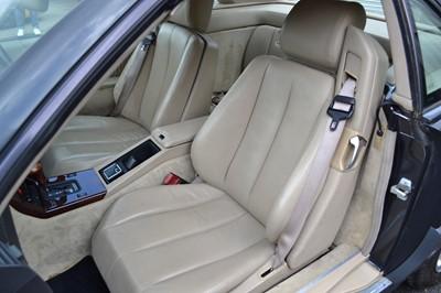 Lot 320 - 1993 Mercedes-Benz SL 280