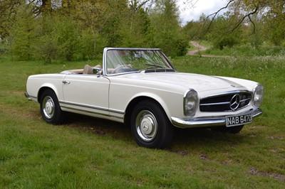 Lot 60 - 1966 Mercedes-Benz 230 SL Pagoda