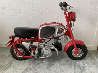 Lot 1964 Honda CZ100 Monkey Bike