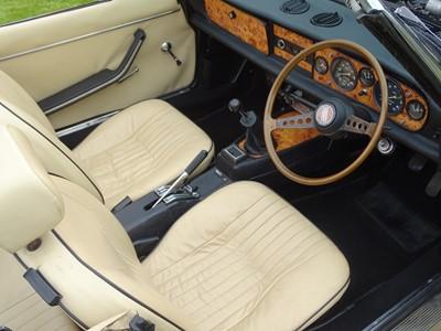 Lot 23 - 1977 Fiat 124 Spider
