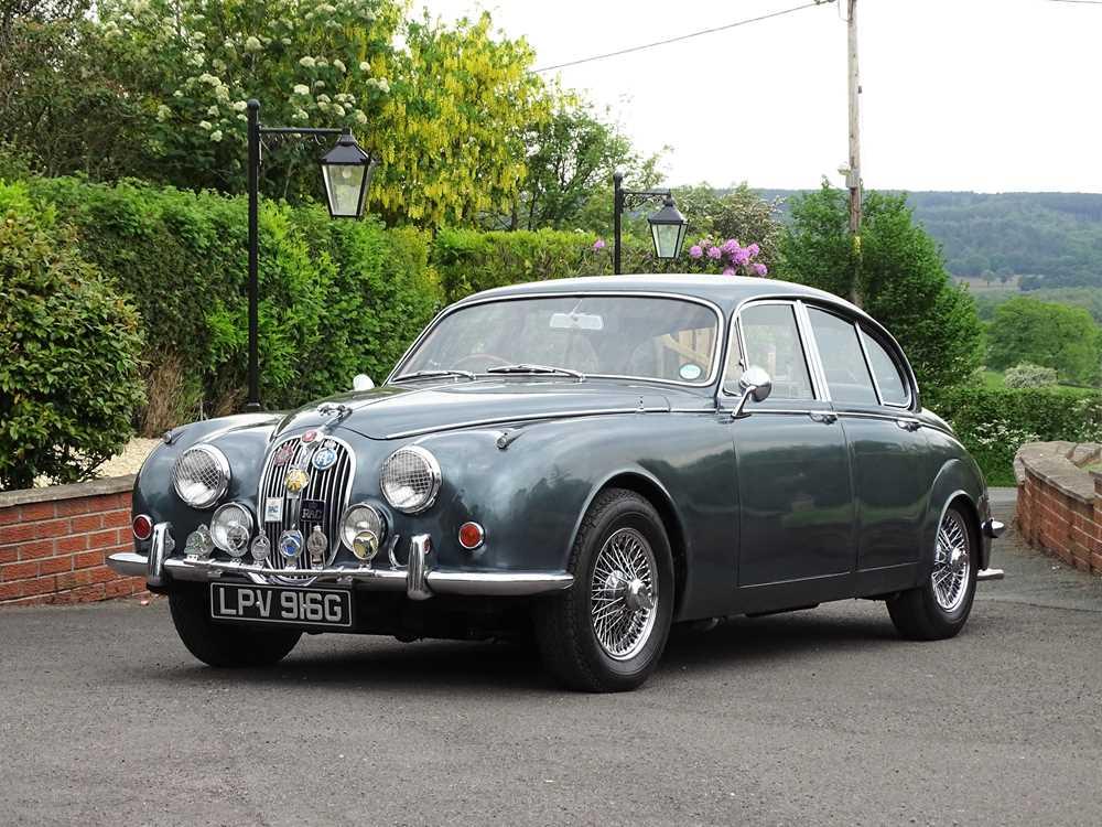 Lot 1969 Jaguar 240