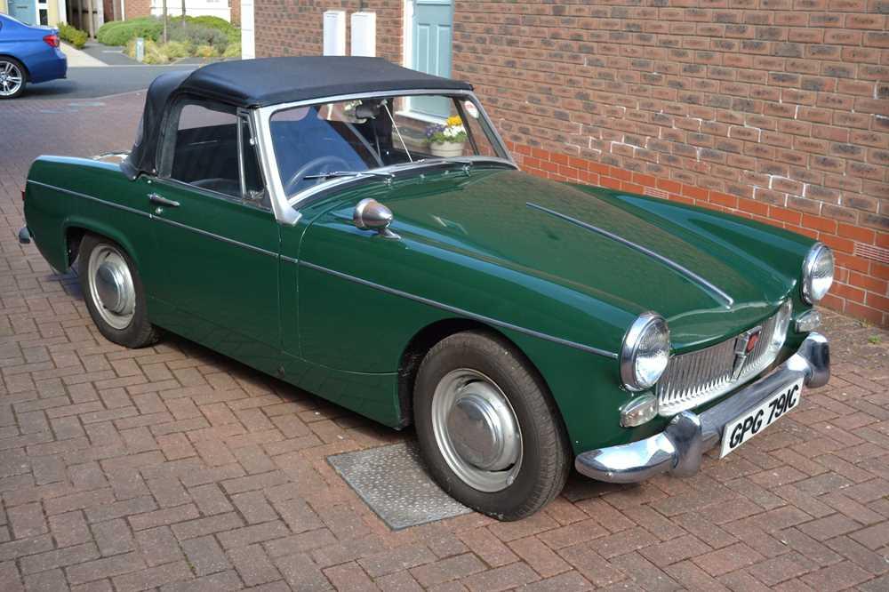 Lot 1965 MG Midget 1100