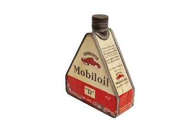 Lot 32 - Mobiloil 'D' Pyramid Oil Can