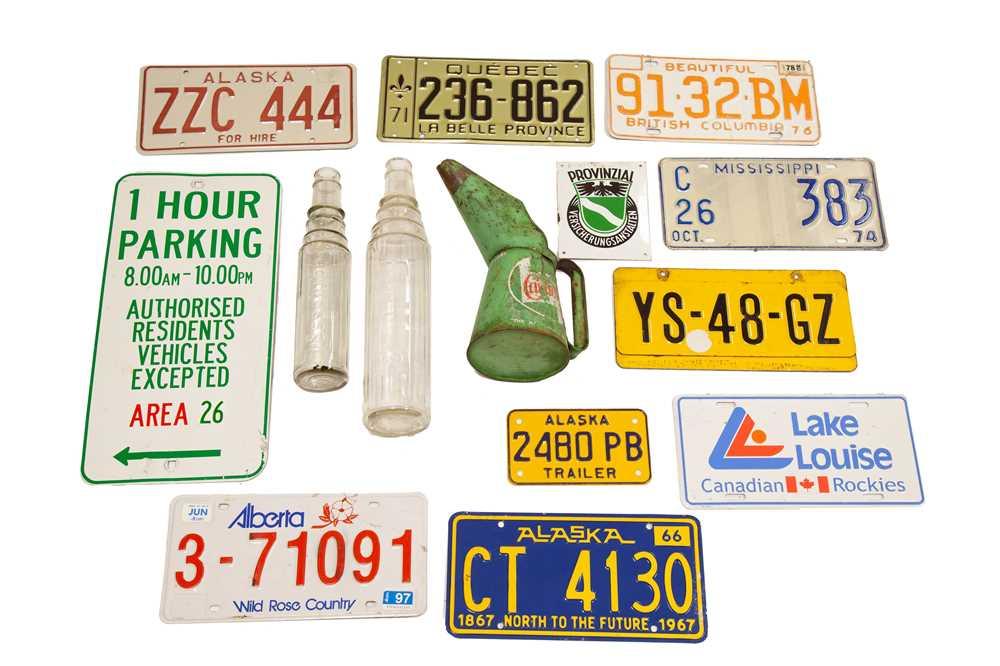 Lot 41 - Assorted Automobilia