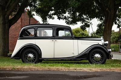 Lot 22 - 1936 Vauxhall DX 14/6 Saloon