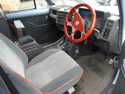 Lot 10 - 1992 Carbodies Fairway Taxi