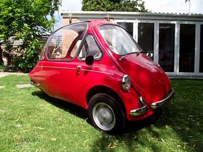 """Lot 30 - 1963 Trojan """"Cabine"""" Bubble Car"""