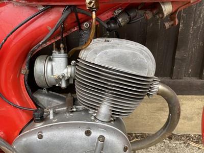 Lot 1958 Motom