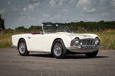 Lot 1964 Triumph TR4