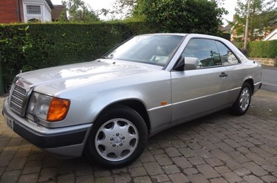 Lot 350 - 1992 Mercedes-Benz 320 CE