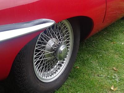 Lot 1969 Jaguar E-Type 4.2 2+2