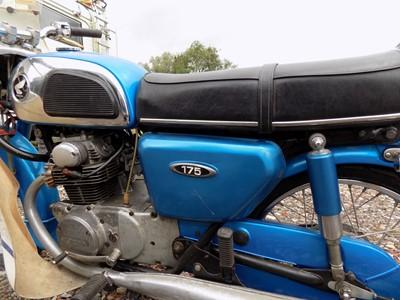 Lot 1975 Honda CD175 K4