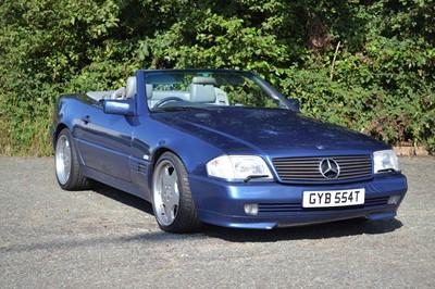 Lot 6 - 1992 Mercedes-Benz SL 300