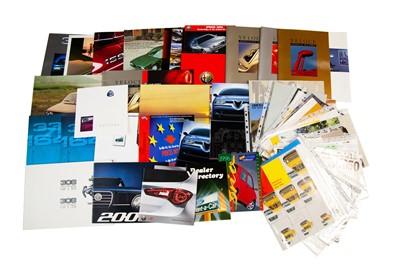 Lot 43 - Quantity of Italian Sales Brochures