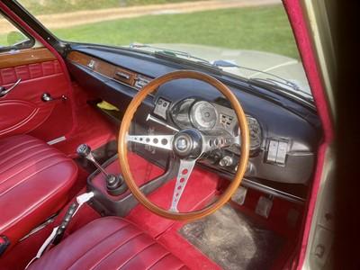 Lot 72 - 1966 Triumph 2000 Saloon