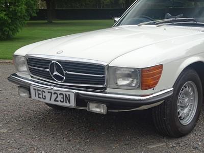 Lot 1975 Mercedes-Benz 450 SL