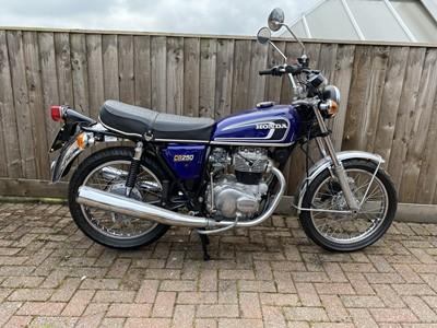 Lot 1974 Honda CB250