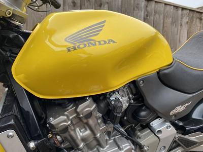 Lot 2003 Honda CB 600 Hornet