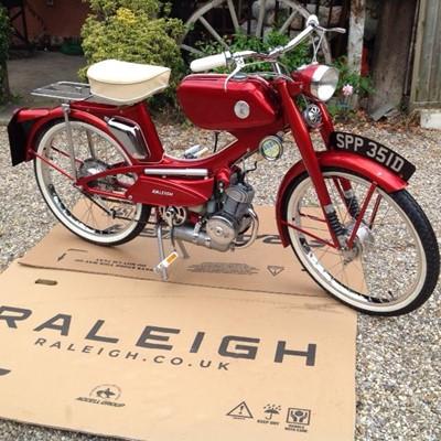 Lot 1966 Raleigh RM11 Super Tourist